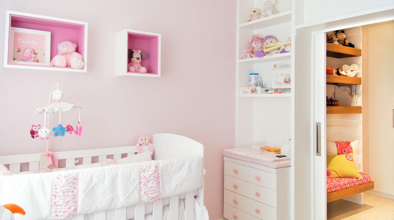 Quarto De Beb Rosa E Branco Com Antesala De Erik Matsumoto  ~ Imagens De Quarto De Bebe Simples