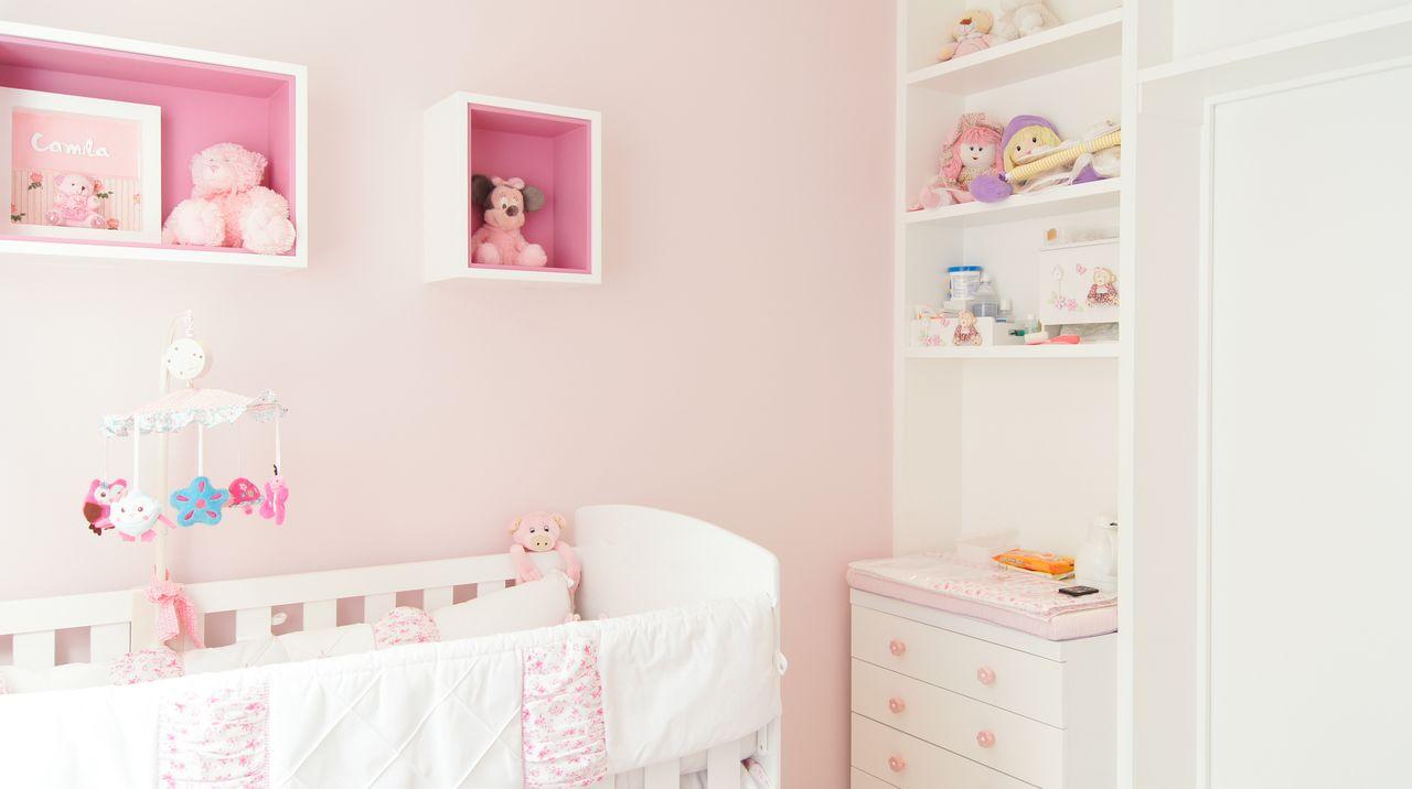 Quarto Infantil Menina Em Tons De Rosa Com Nichos De Erik  ~ Decoração De Quarto De Menina Bebê