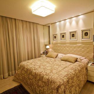 02243dc2a Quarto de Casal Branco com Criado Mudo de Vidro