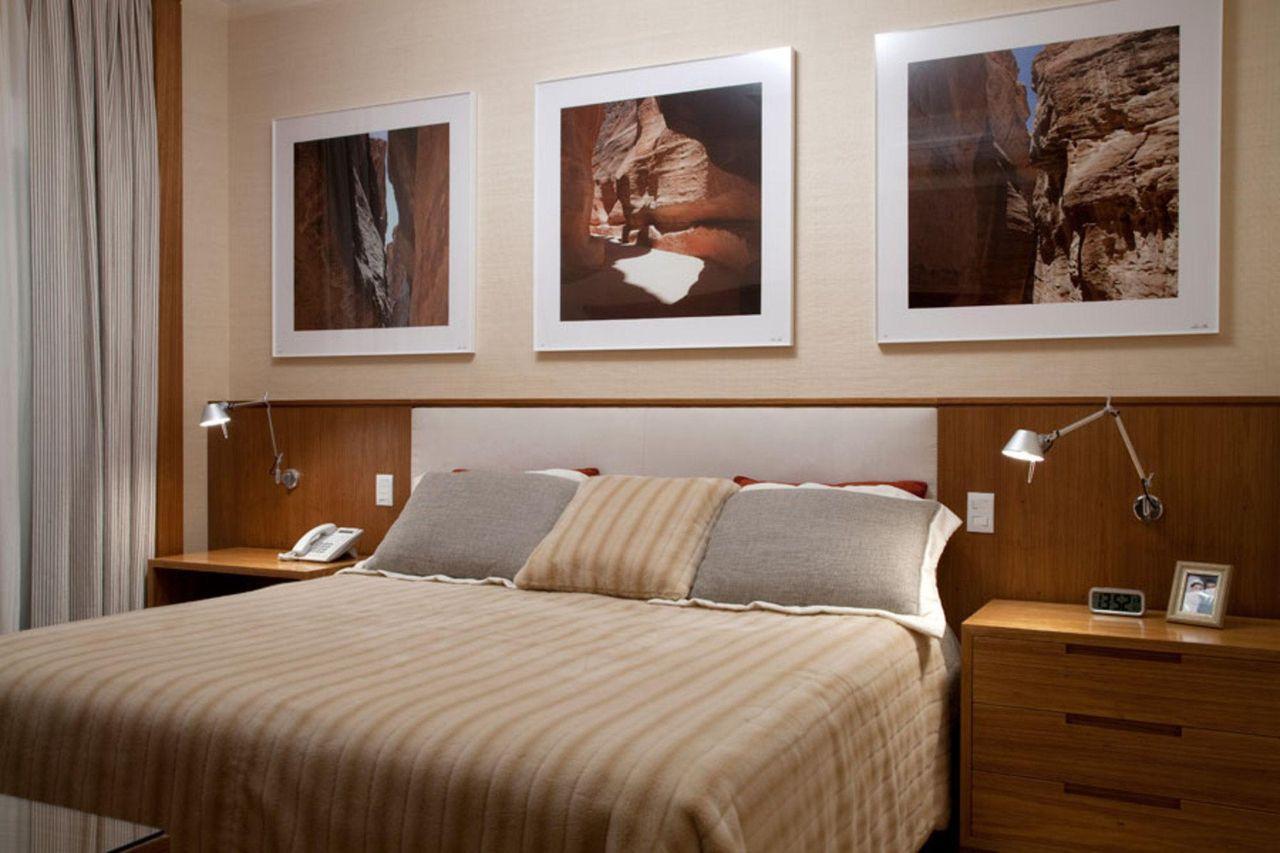 Quarto De Casal Com Quadros Decorativos E Lumin Ri De Leonardo  ~ Imagens Para Quadro De Quarto E Guarda Roupa Quarto Casal