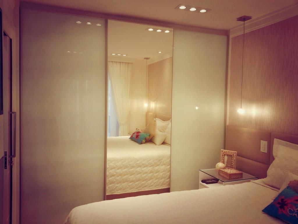 Guarda Roupa Com Porta Espelhada De Condecorar Arquitetura E  ~ Azulejo Para Quarto De Casal E Armario Espelhado Quarto
