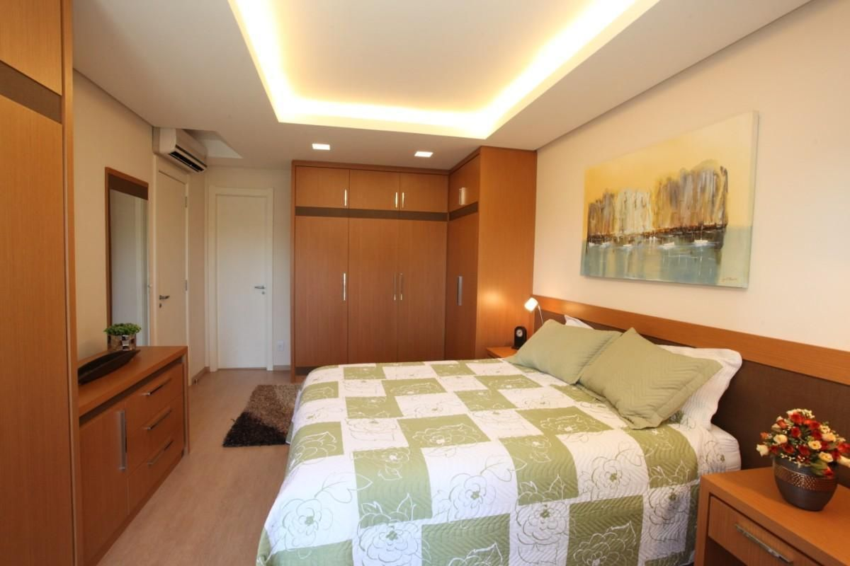 Artesanato Japones Passo A Passo ~ quarto com armários embutidos de madeira de Renata Kohmann