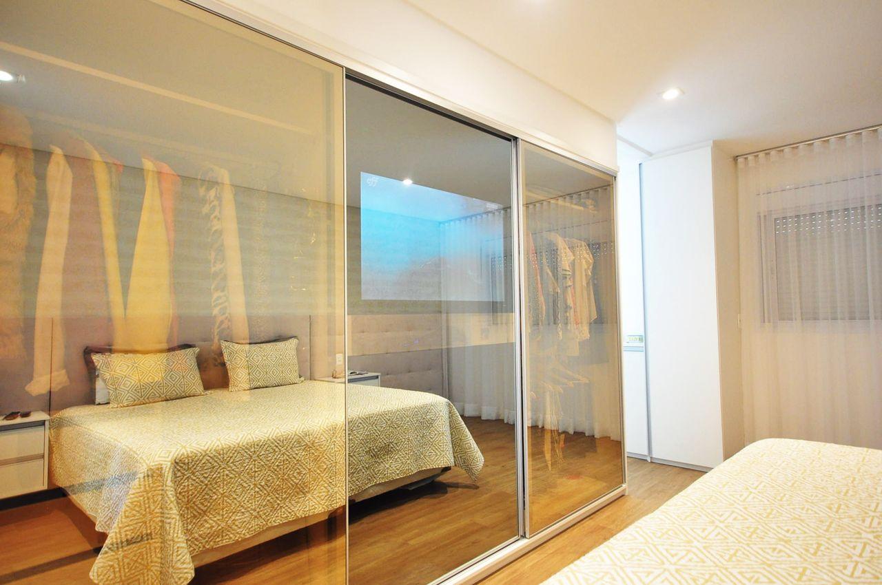 Quarto Com Closet Em Vidro Bronze De Condecorar Arquitetura E