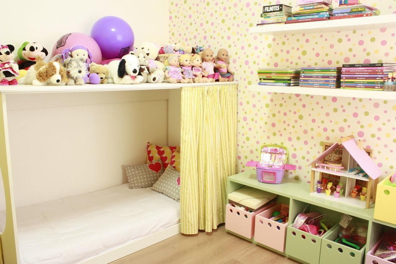 Decoração de quarto infantil amarelo