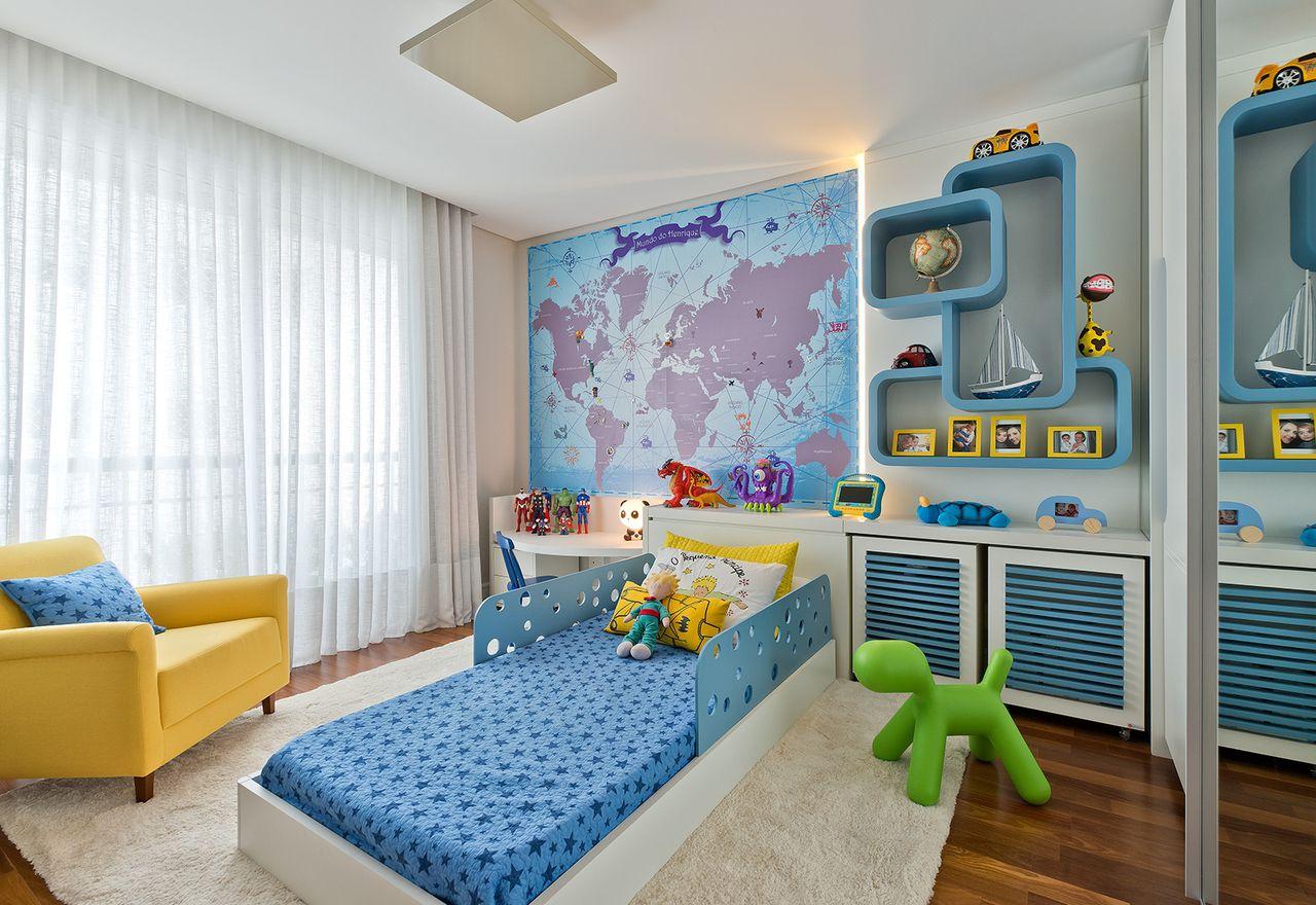Quarto Menino Azul E Amarelo Com Mapa Mundi De Leonardo Muller  ~ Papel De Parede Mapa Mundi Quarto