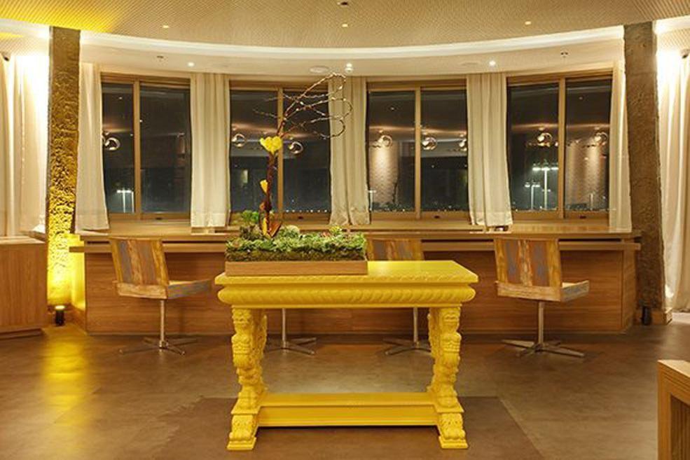 Decoração Restaurante Aparador Amarelo Dgarquitetura 103538