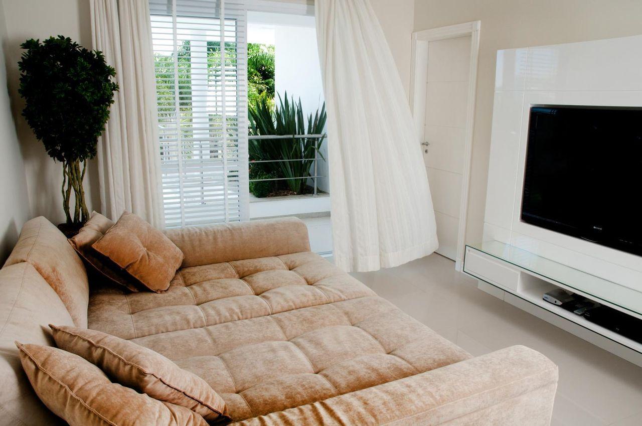 Sala De Estar Clean A Cozinha Bem Ampla E Integrada Sala De Estar  -> Sala Simples Clean