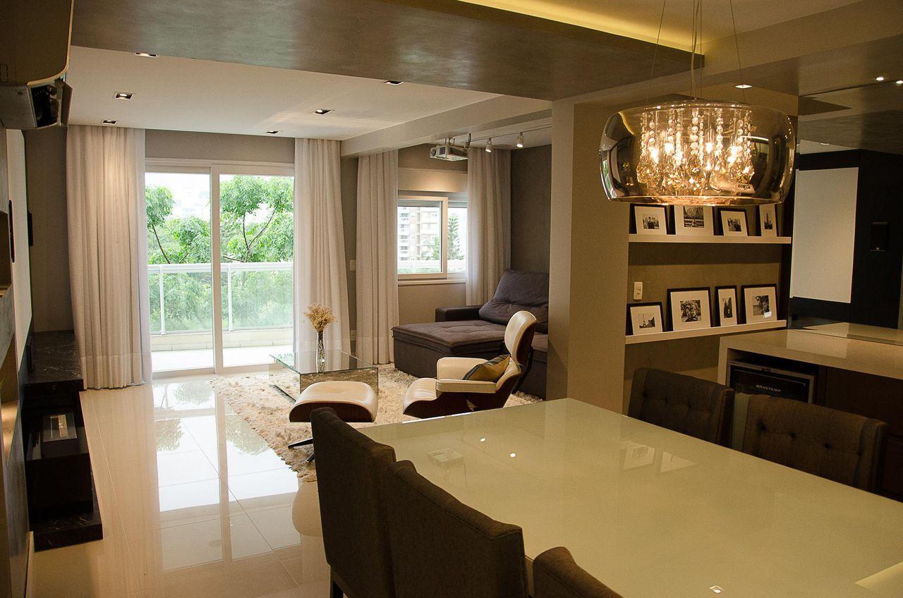 Sala De Estar Com Cortina Branca De Ghiorzitavares Arquitetura  -> Cortina Sala Apartamento
