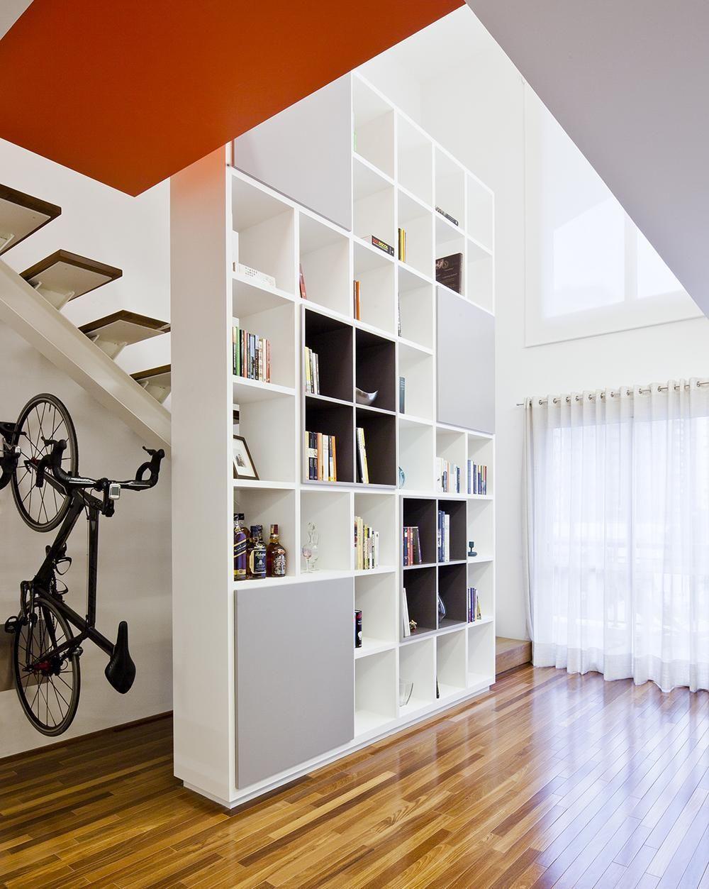 Estante Branca Para Sala De Estar ~ Decoração Sala de Estar Sala de estar com estante de nichos branca