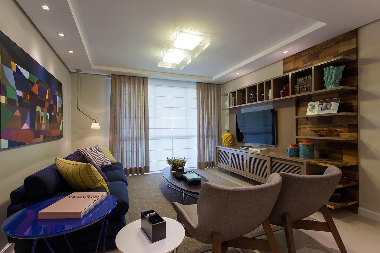 Sala De Estar Com Sof Azul Escuro De Juliana Pippi 70350 No Viva  -> Decoracao De Sala Azul Marinho