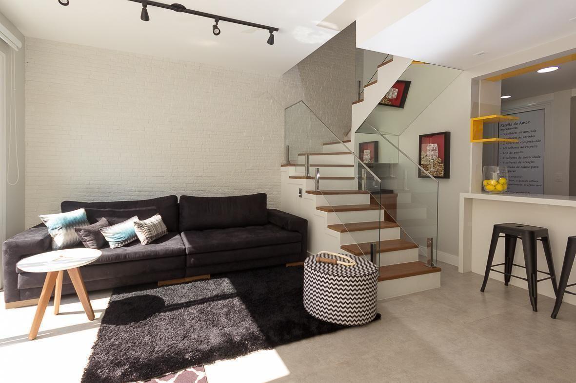 Sala Pequena Com Escada E Cozinha Americana Oppenau Info