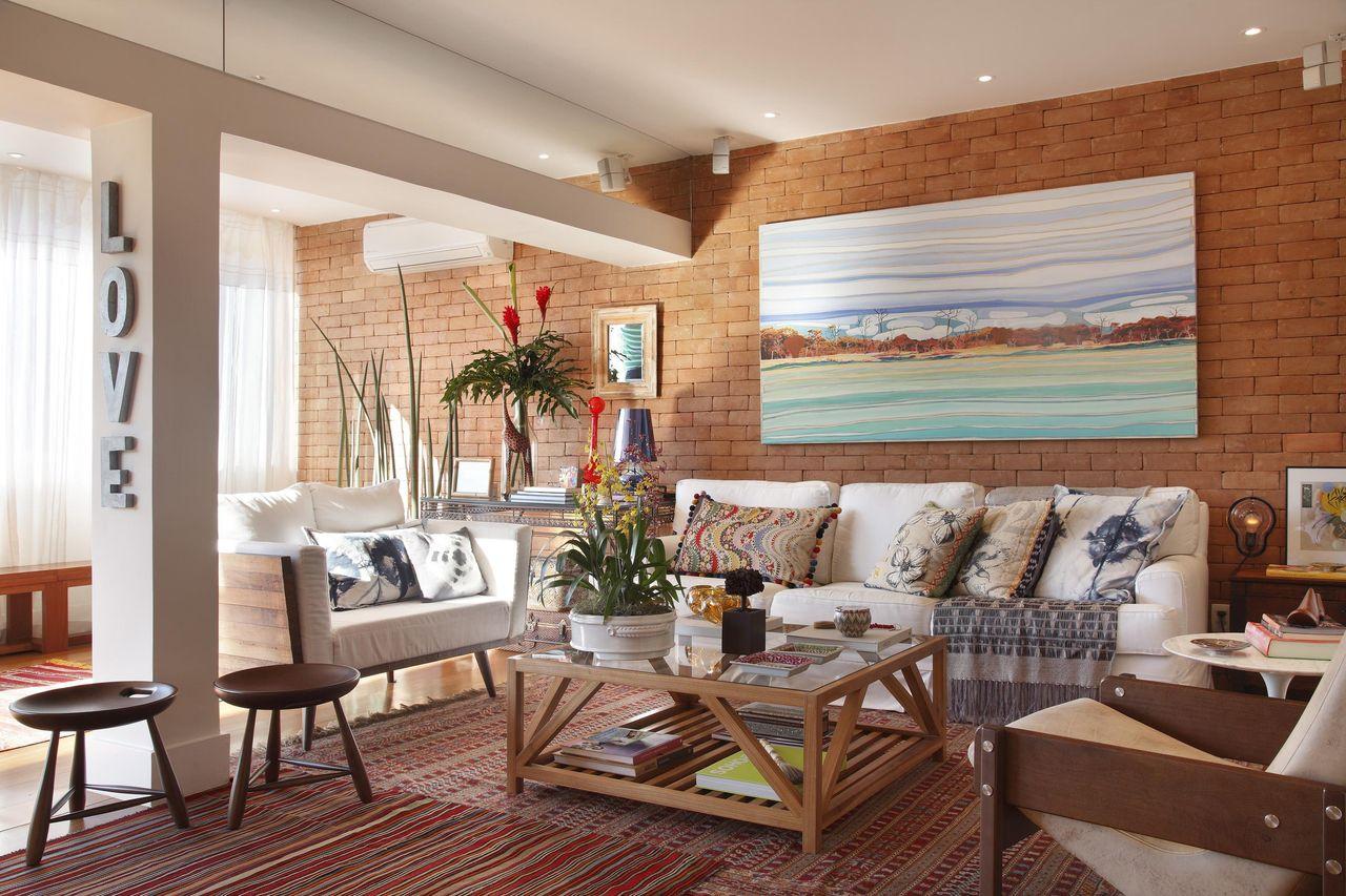 Resultado de imagem para pillar in middle living room