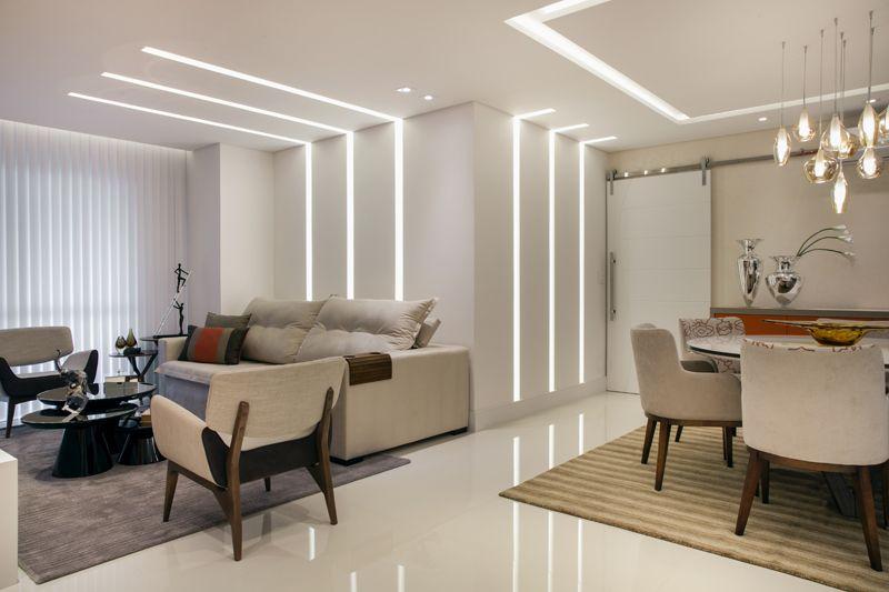 Populares Sala de Estar com Iluminação nas Paredes de Sueli Zapparolli  PT17