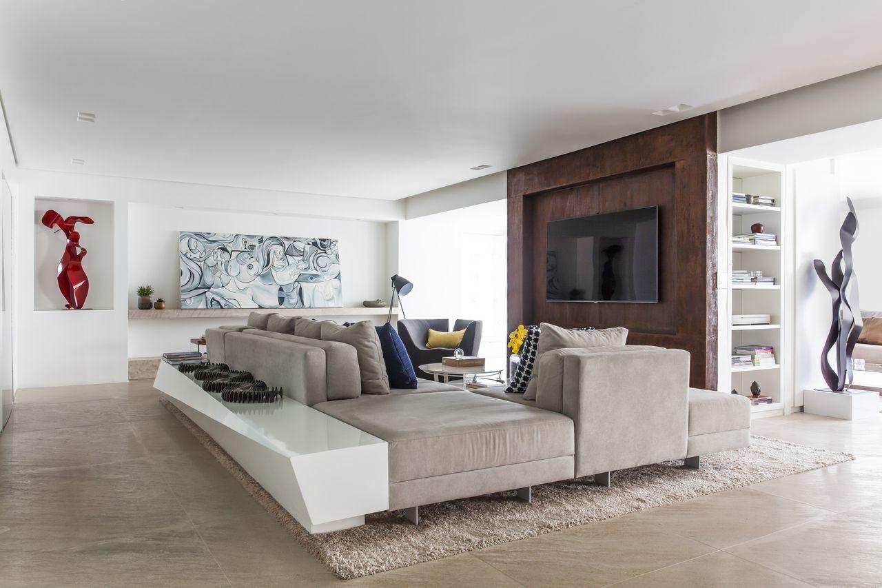 Living Com Obras De Arte E Almofadas Coloridas De Rawi Arquitetura  -> Decoracao Sala De Artes