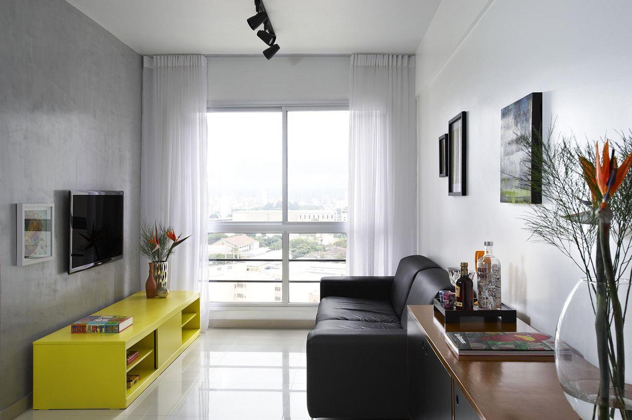Parede Na Cor Concreto E Rack Amarelo De Buji Decora O Reuso  -> Cor De Parede Para Sala Amarelo
