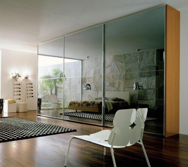 Aparador Em Mdf Branco ~ Sala com armário com portas de vidro de Daline Sousa Biego 35705 no Viva Decora