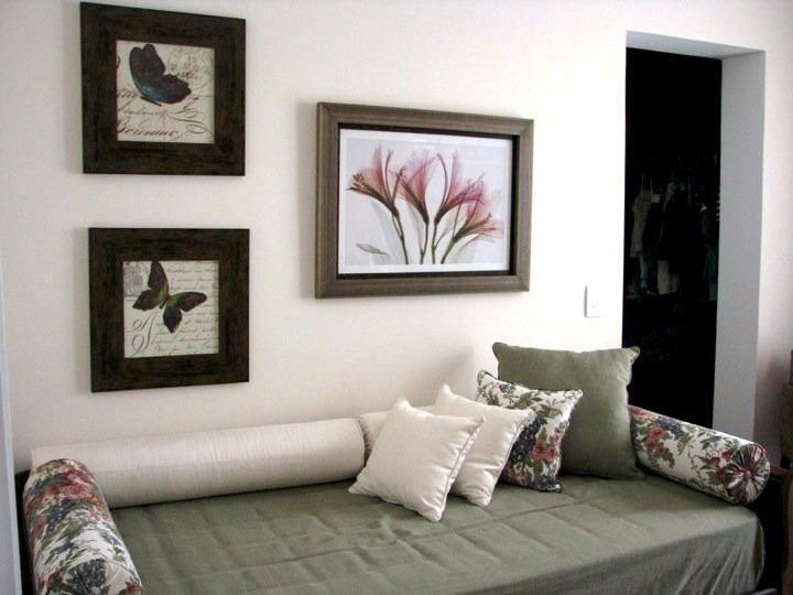 Sala com quadros de borboleta de juliana mancini 61547 for Decoracao sala de estar quadros