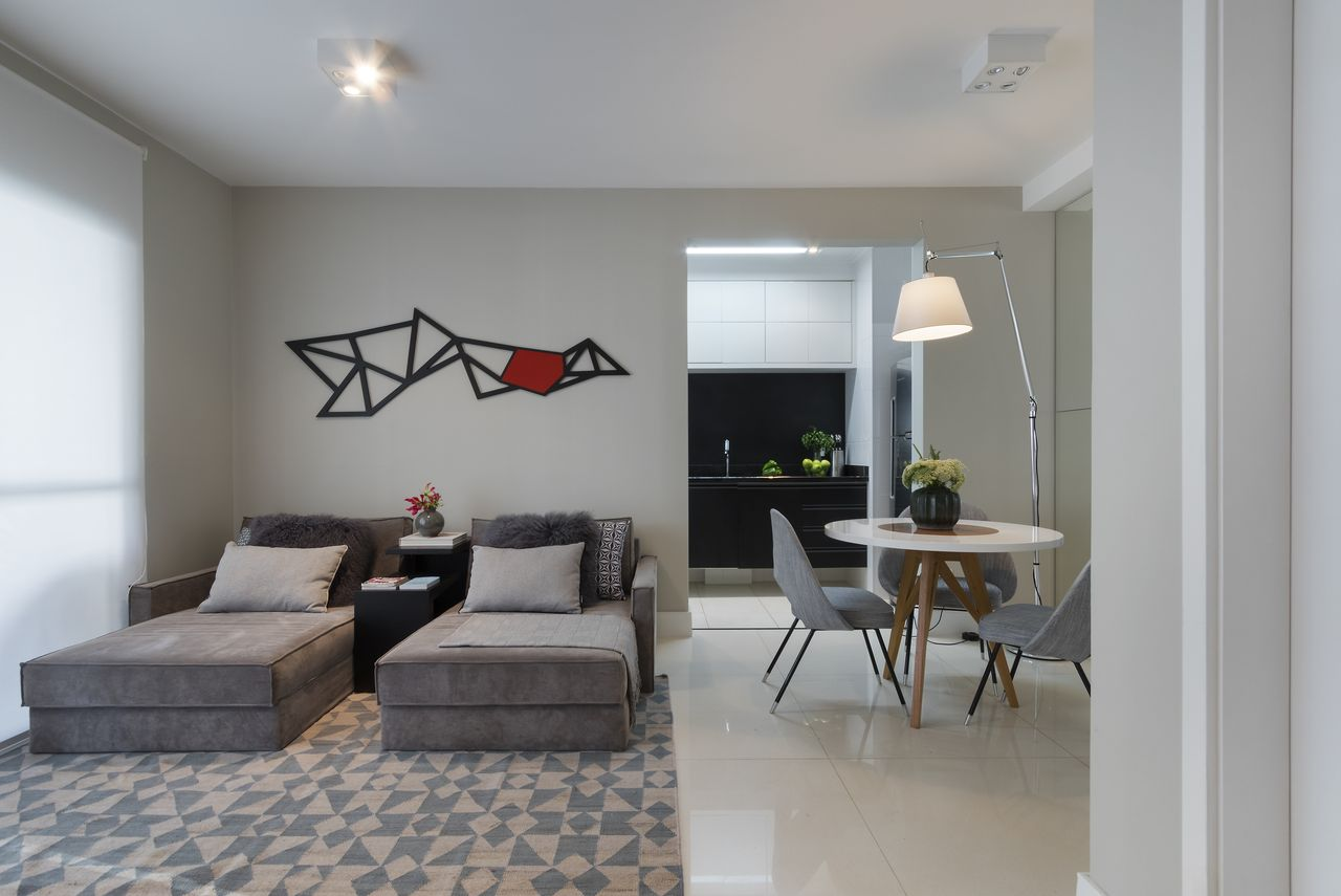 Sala Neutra Com Sof Cinza E Tapete Geom Trico De Studio Gppa  -> Tapetes Geometricos Sala