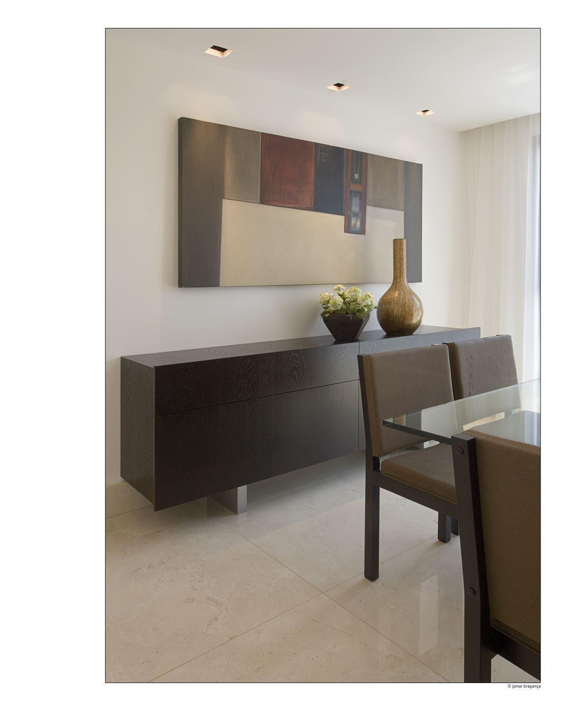 Aparador De Madeira E Quadro Abstrato De Gislene Lopes 70324 No  -> Quadro Abstrato Sala De Jantar