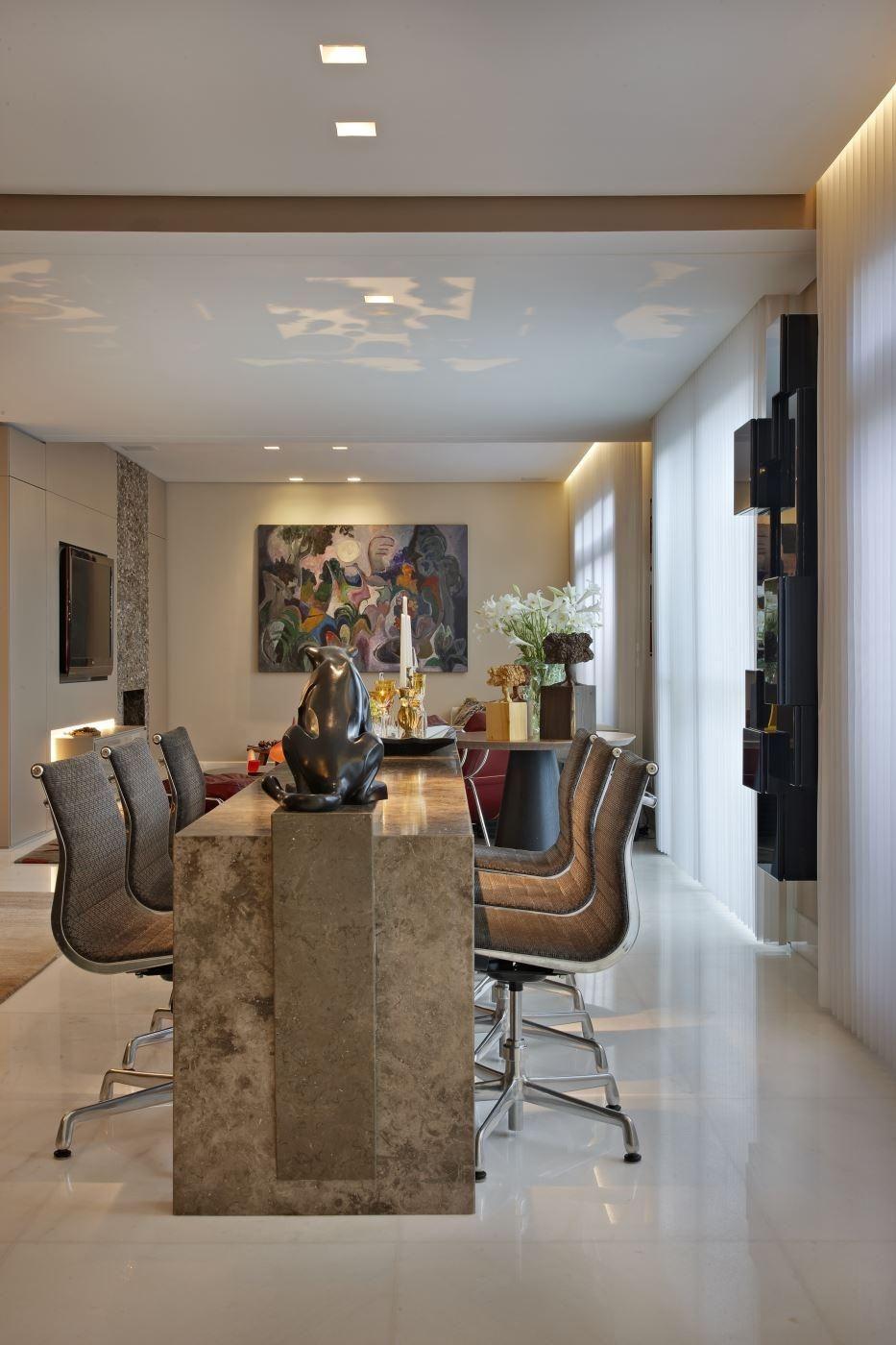 Cadeiras Cinza E Quadro Abstrato De Gislene Lopes 70150 No Viva Decora -> Quadro Abstrato Sala De Jantar