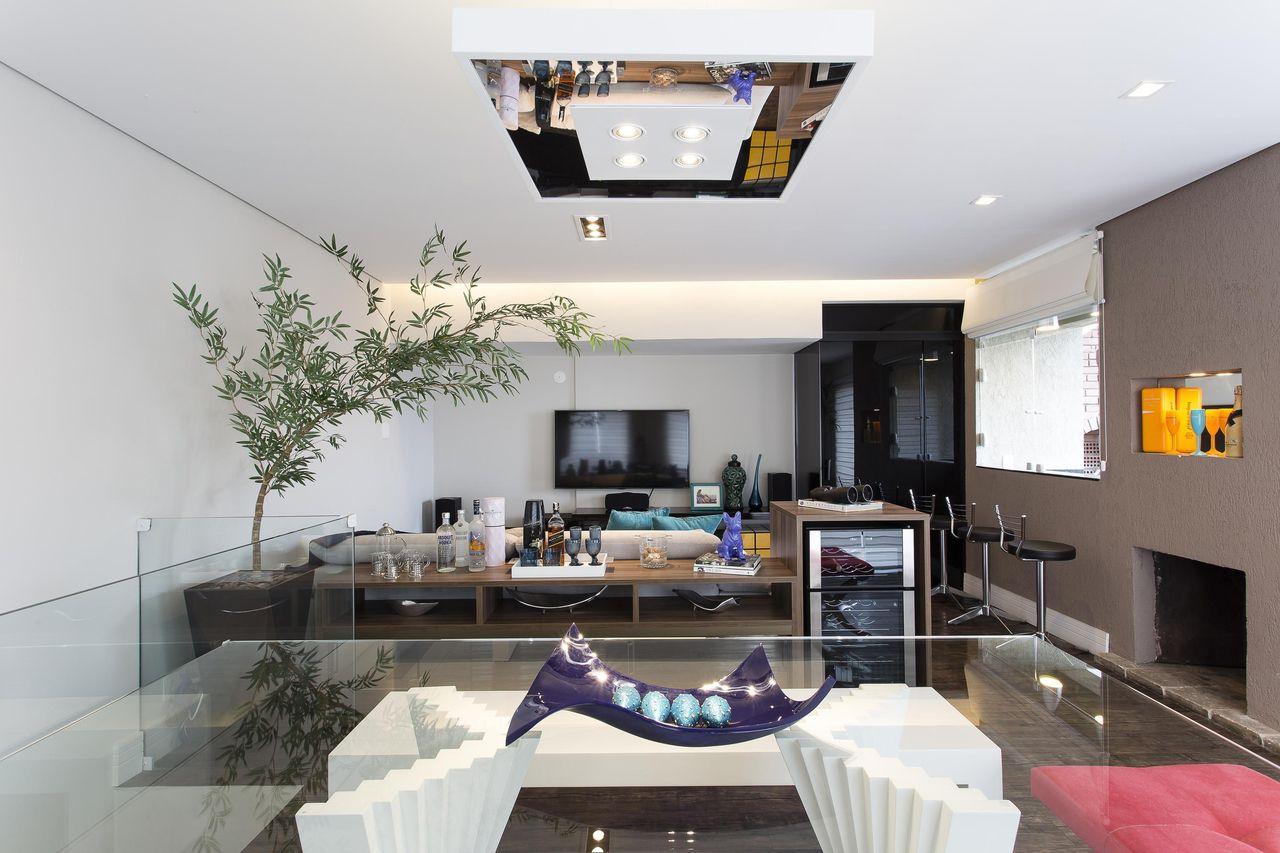 Adega De Sala Adega De Madeira De Mesa Adega Vinhos Em Madeira  -> Adega Para Sala De Jantar Pequena