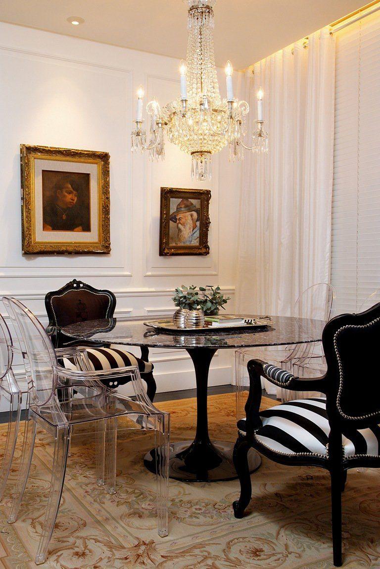 Sala De Jantar Com Cadeira Ghost E Tapete Cl Ssico De Marlon Gama  -> Tapete Na Sala De Jantar