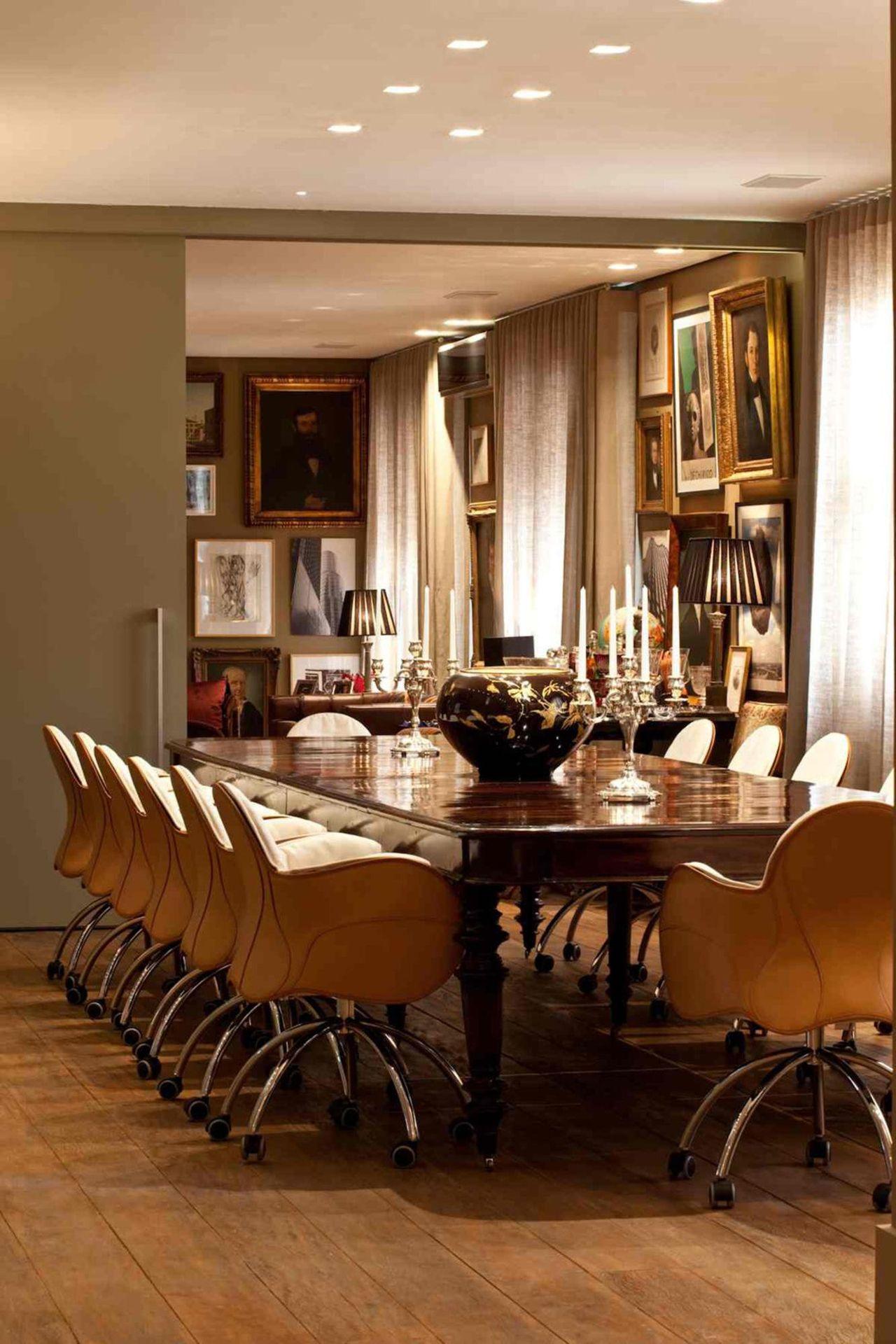 Como Decorar Sala De Jantar Com Espelho Aparadores Com Espelho Na  -> Sala De Jantar Com Painel De Madeira E Espelho