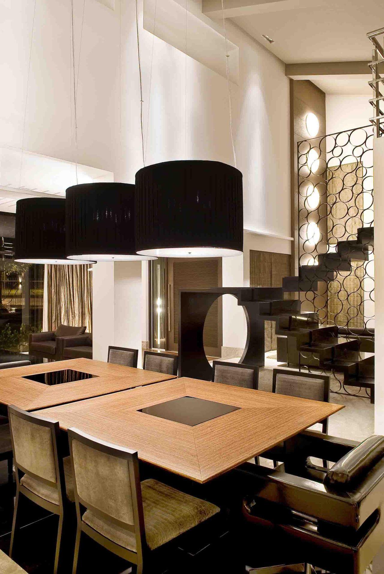 Sala De Jantar Com Mesa Quadrada Dupla De Andr Martins 18028 No  -> Sala Quadrada Planejada