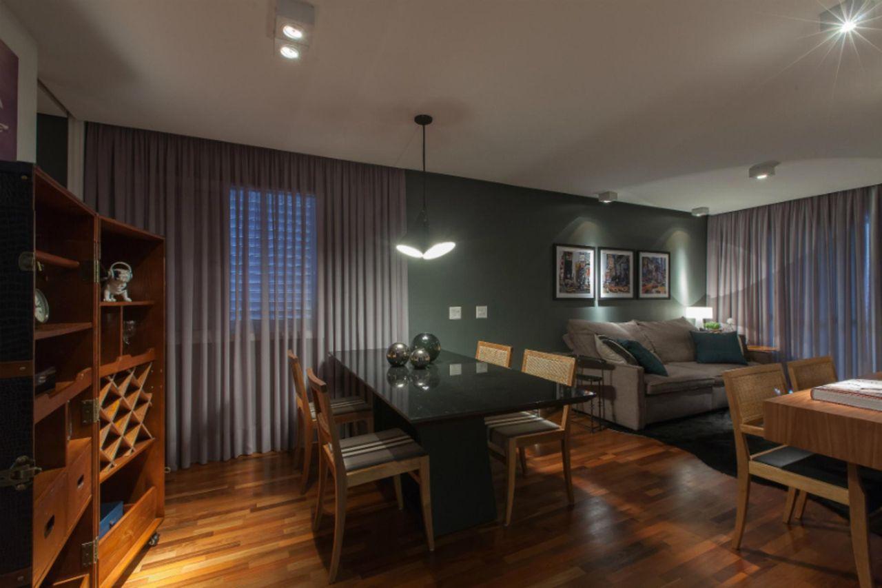 Conhecido Sala de jantar com piso de madeira de Marcia Varalla - 23318 no  WO72