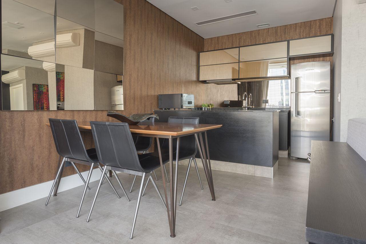 Sala De Jantar Com Paredes Revestida De Madeira De Inspirate  -> Fotos Parede Revestida De Sala