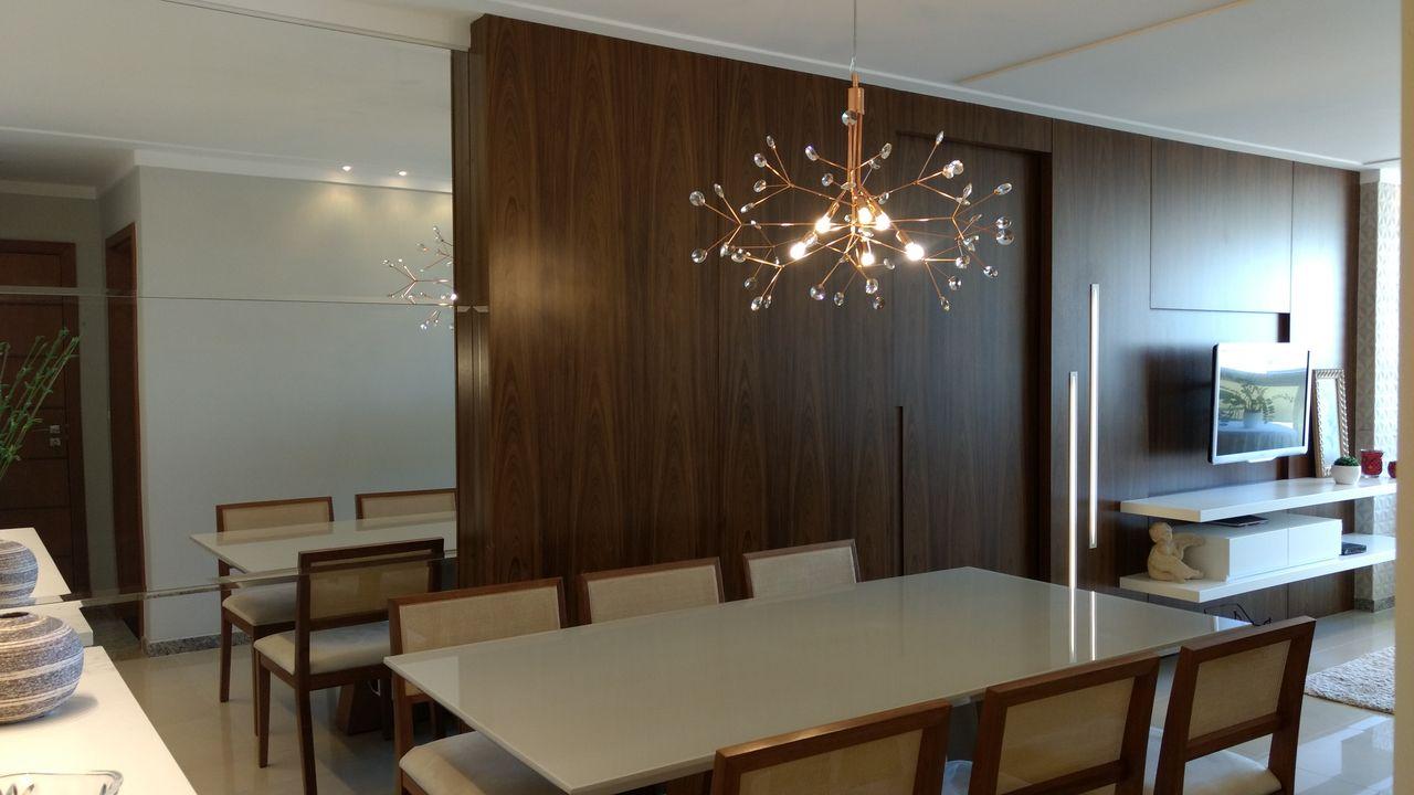 Sala De Jantar Com Espelhos E Lustre De Office Duo Arquitetura E  -> Lustre Sala De Jantar Led
