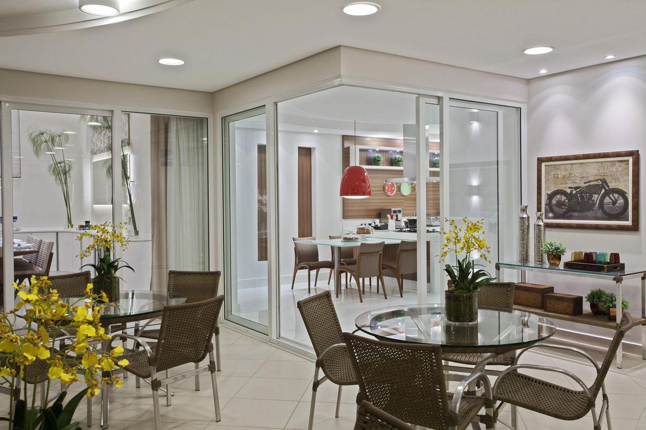 Rea Externa Integrada Com A Cozinha De Aquiles Nicolas Kilaris