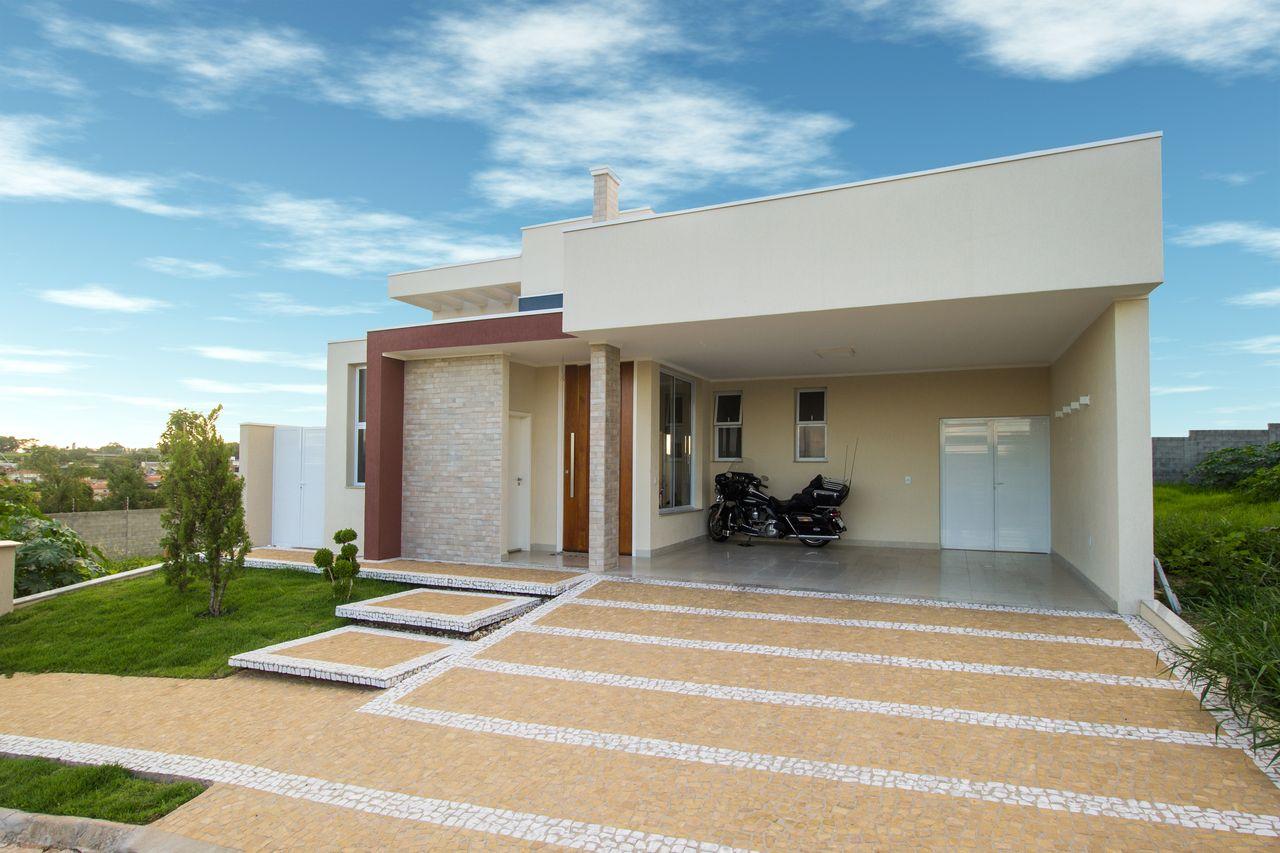 Casas modernas com jardim na frente caso voc pretenda for Casa moderna