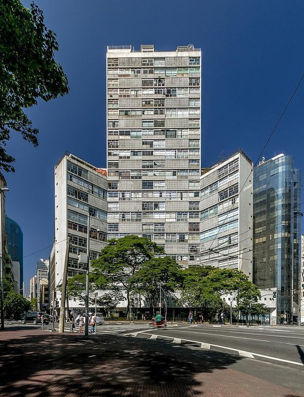 Obras de Oscar Niemeyer - Edifício Eiffel