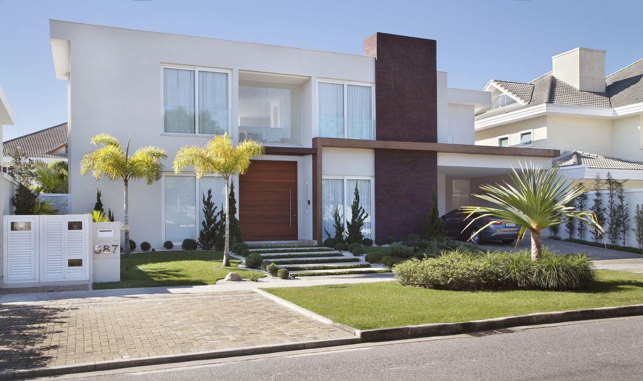 Entradas de casa modernas casas modernas entrada garage buscar con google with entradas de casa - Entrada de casas modernas ...